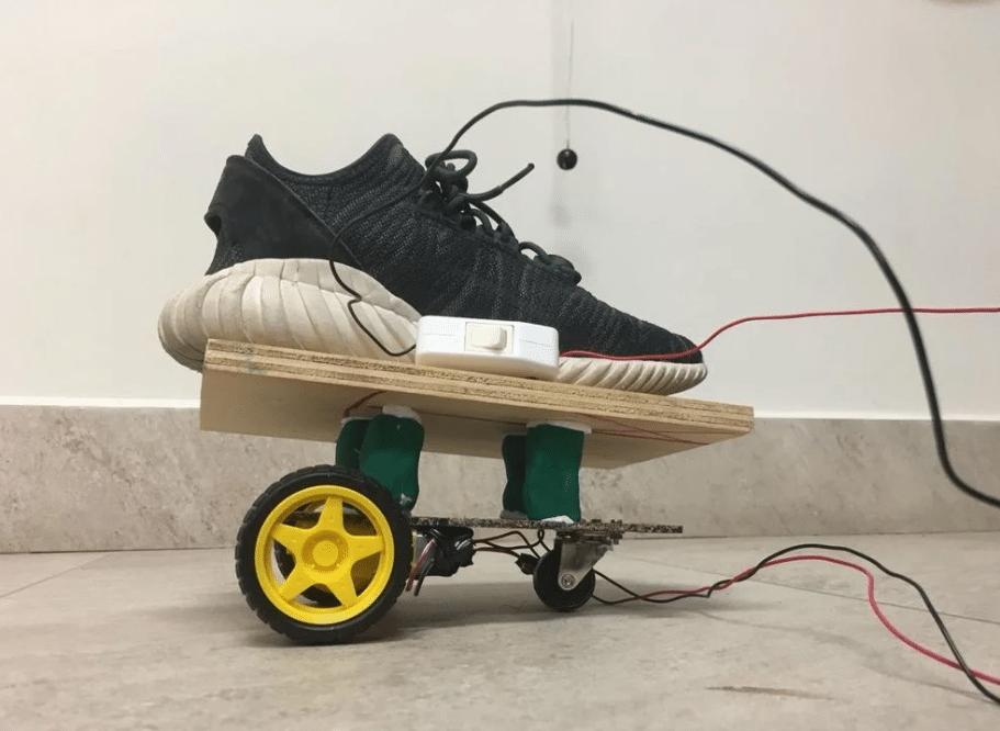 Prototype moche roller électrique prototypage Paris ingénieur mécanique développement projet impression 3d cooprint